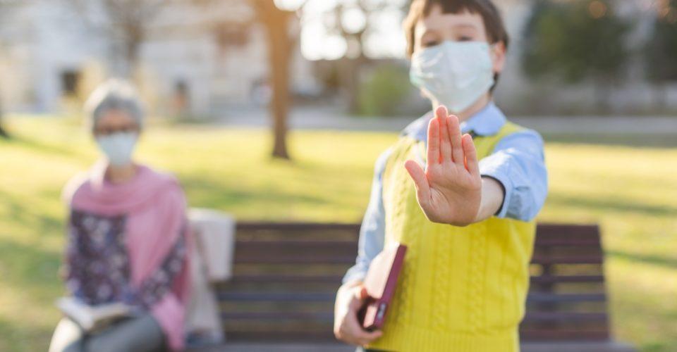 STEs-i pide a los ministerios de Educación y de Sanidad que intervengan para evitar poner en riesgo la salud del personal especialmente vulnerable al COVID-19 de los centros educativos